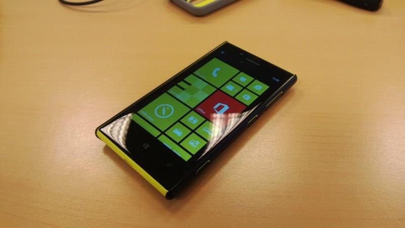 lumia720520-4