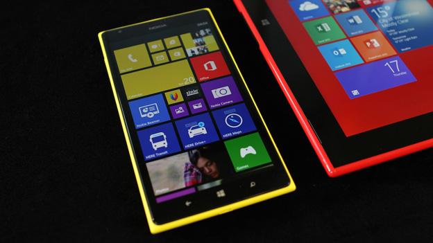 nokia-predstavila-dva-novyx-lumia-smartphona-1