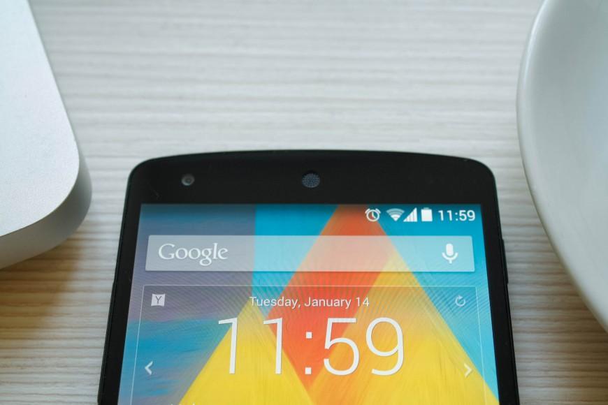 Google_Nexus_5_01