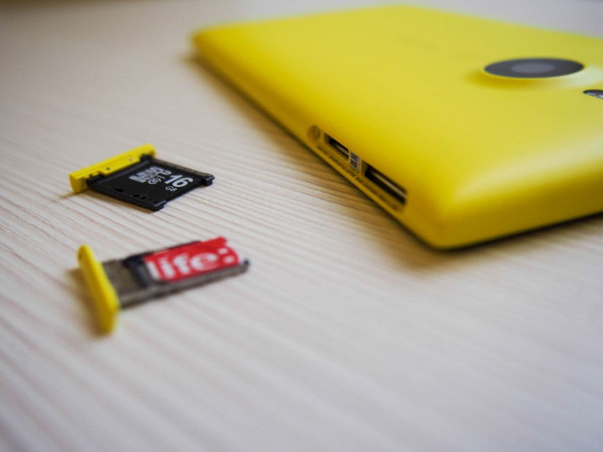 Nokia_Lumia_1520_08