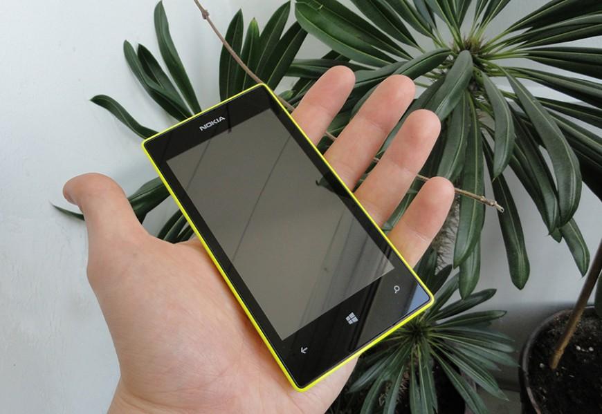 Nokia-Lumia-525_02