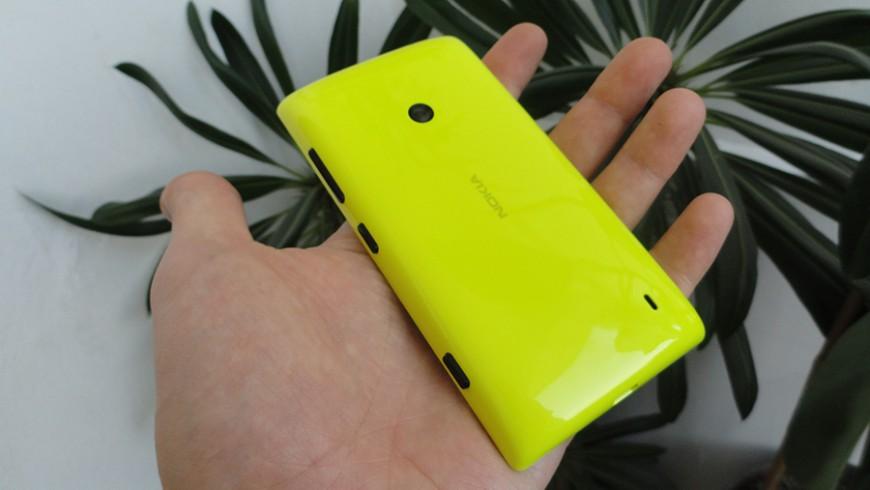 Nokia-Lumia-525_03