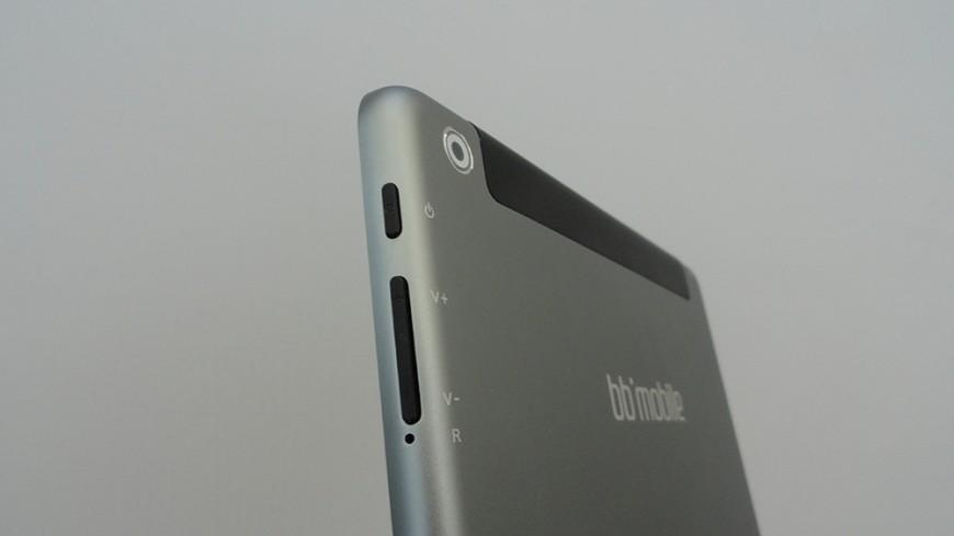 bb-mobile-Techno-9.7-3G_02