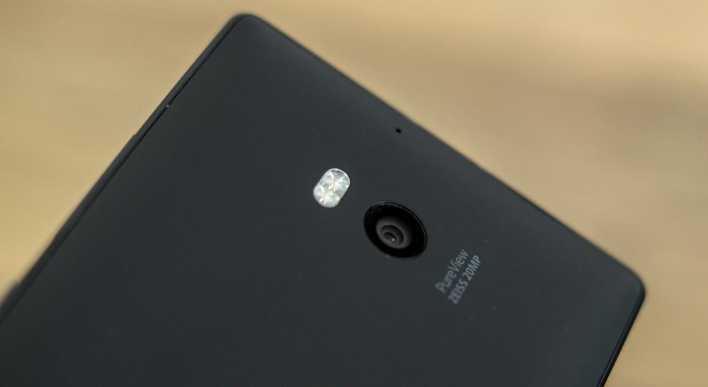 Nokia_Lumia_930-14