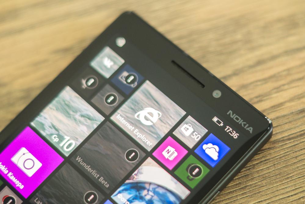 Nokia_Lumia_930-3