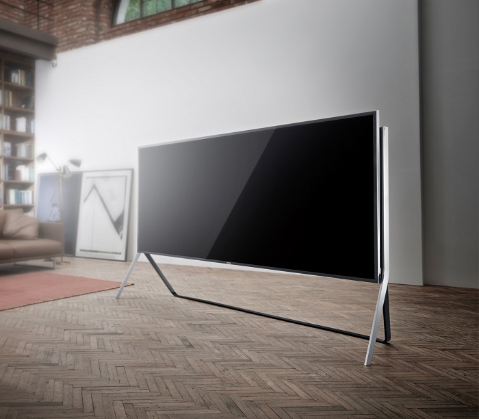 Samsung_Bendable_UHD_TV_105 inch_01