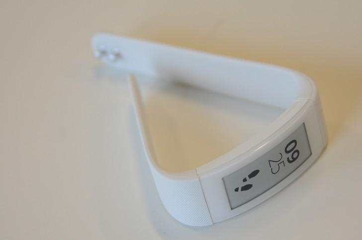 Sony-SmartBand-Talk_01