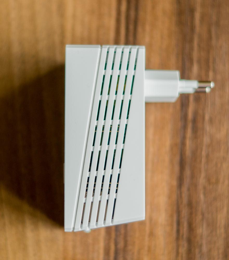TP-LINK_Powerline_Extender_Starter_Kit_TL-WPA4220KIT-3
