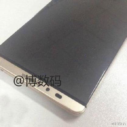 Первые фото Huawei Mate 8