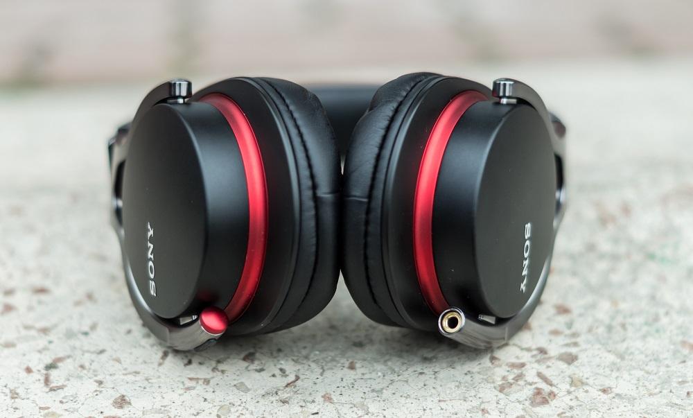 Sony_MDR-1R-24
