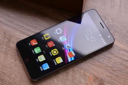 Beidou Red Pepper 9 — смартфон с очень емким аккумулятором