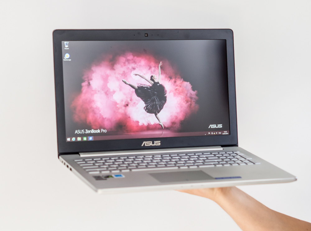 ASUS_presentation_notebooks_2015-43