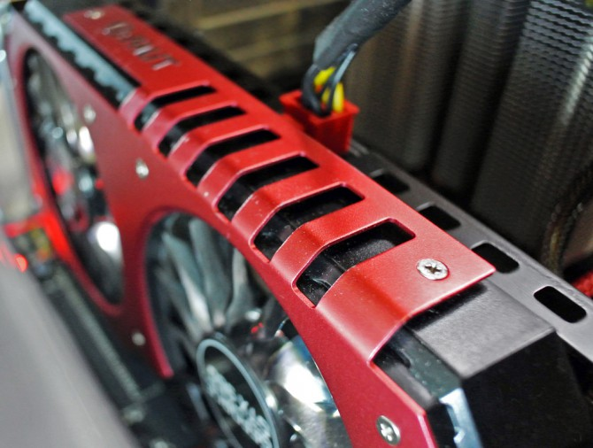 Palit-GeForce-GTX-960-Super-JetStream-013