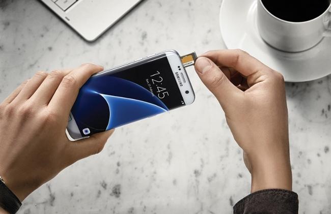 Лучший смартфон MWC 2016: LG G5 обошел Galaxy S7