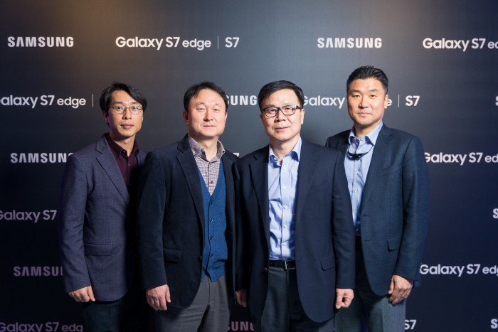 Samsung представила новые Galaxy S7 и S7 edge в России