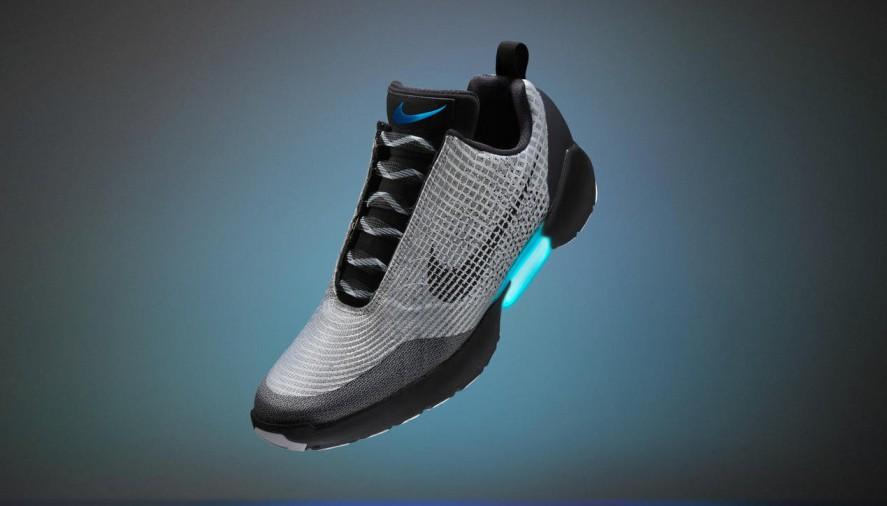 Самозашнуровывающиеся Nike Hyperadapt