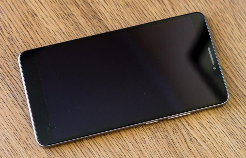 Обзор настоящего фаблета Lenovo Phab с дисплеем 6,98″