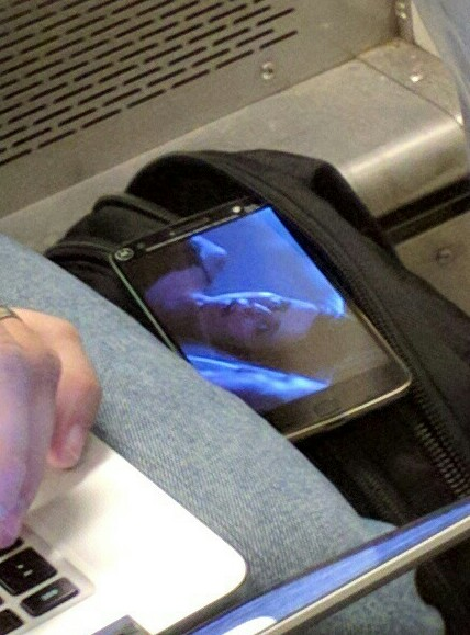 Неаносированный смартфон Moto показался на фото