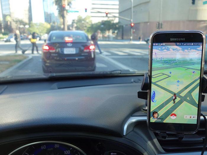 pokemon-go-driving-004