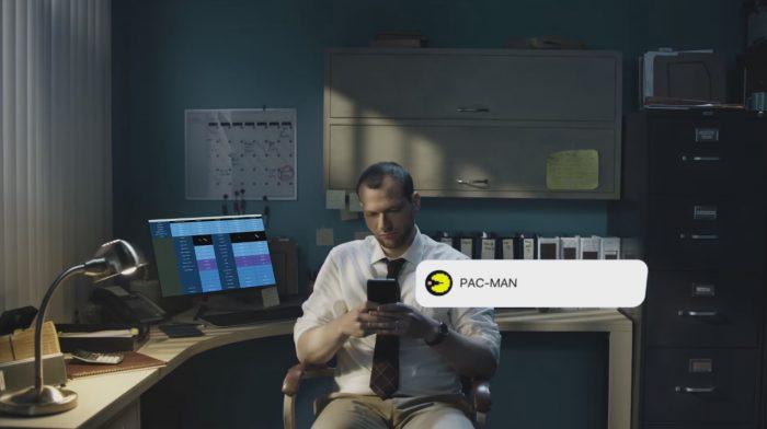 В Facebook Messanger теперь можно играть в Pac-Man, Galaga и другие игры