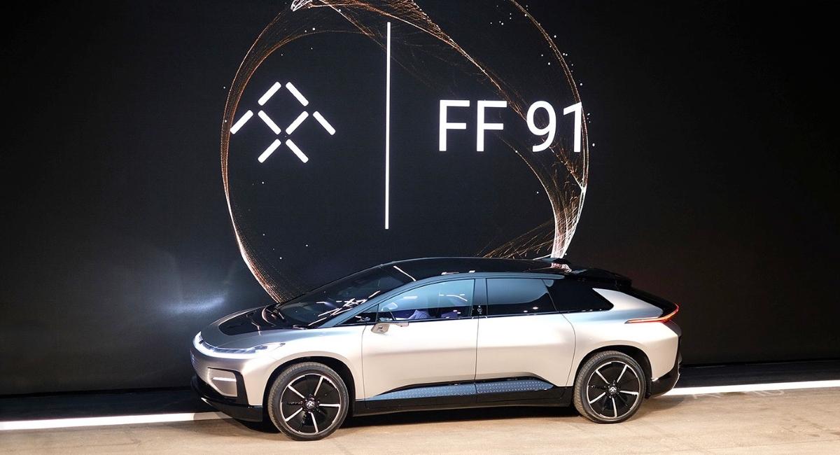 Faraday Future показали самый мощнейший электромобиль вмире