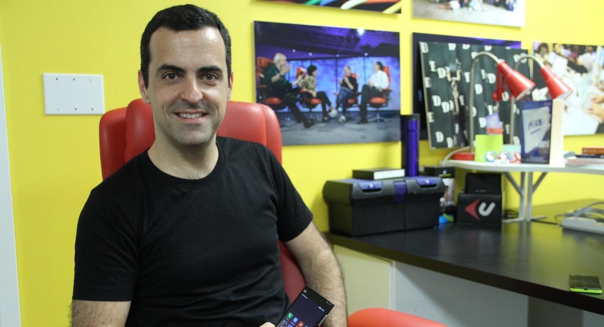 Хьюго Барра возглавит разработку технологий виртуальной реальности в социальная сеть Facebook