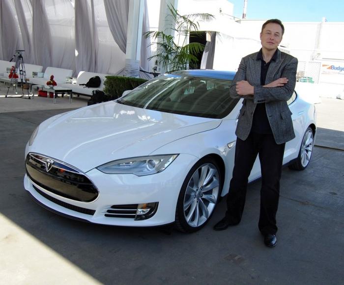 Илон Маск: Тормоза Model 3 починим патчем