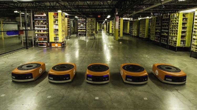 Amazon показывает, как роботизировать производство не уволив ни одного сотрудника