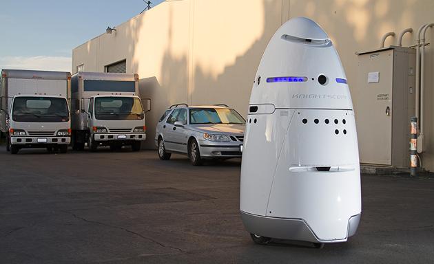 В Кремниевой долине арестовали мужчину после нападения на робота-охранника