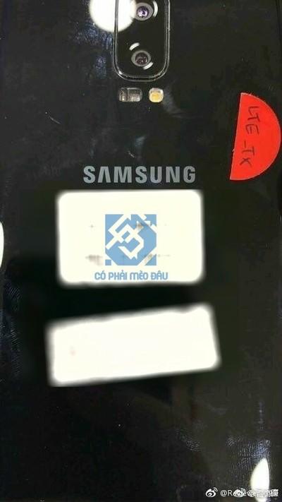 Перші прототипи Samsung Galaxy S8+ мали дві основні камери