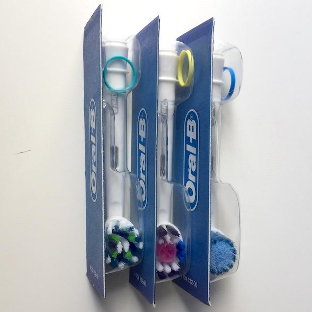 Обзор умных зубных щеток Oral-B GENIUS и Oral-B Micky Kids — набор для здоровья и красоты