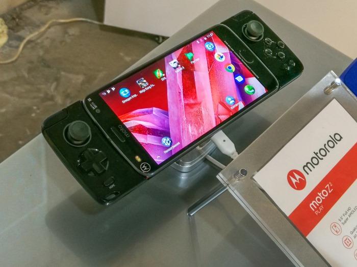 Презентация новых смартфонов Motorola в Киеве - гнём свою линию