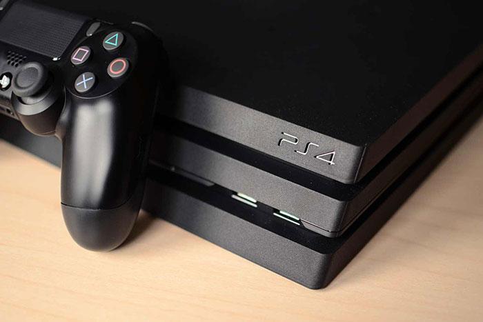 PlayStation 4 Pro или Xbox One X – Как выбрать 4K-консоль в 2017 году