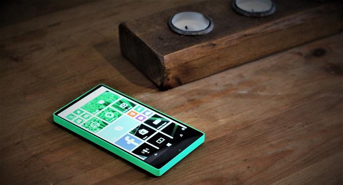 'all screen' Lumia