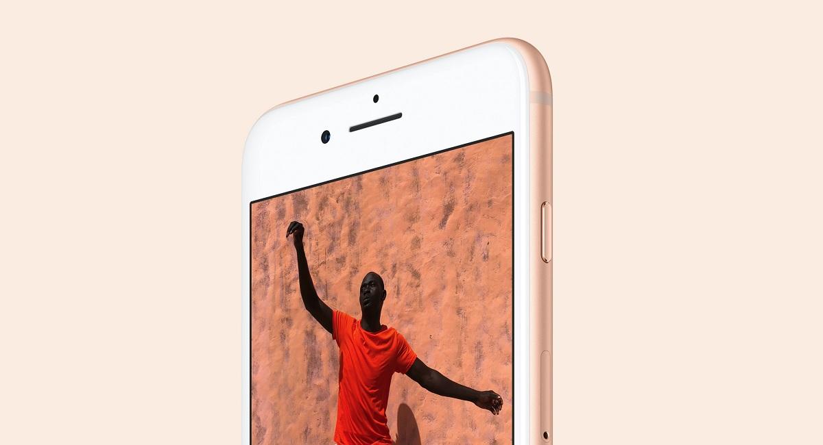 iPhone 8: стекло снова в моде