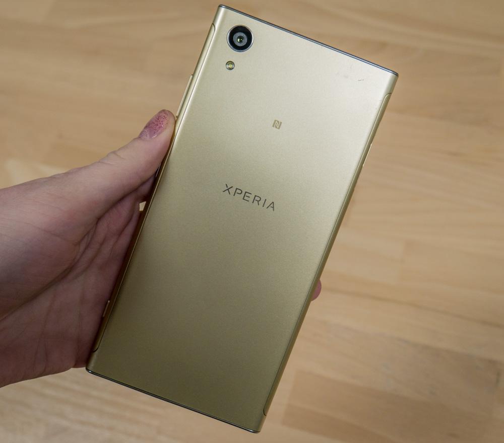 Обзор Sony Xperia XA1 Plus – средний класс с улучшенной камерой