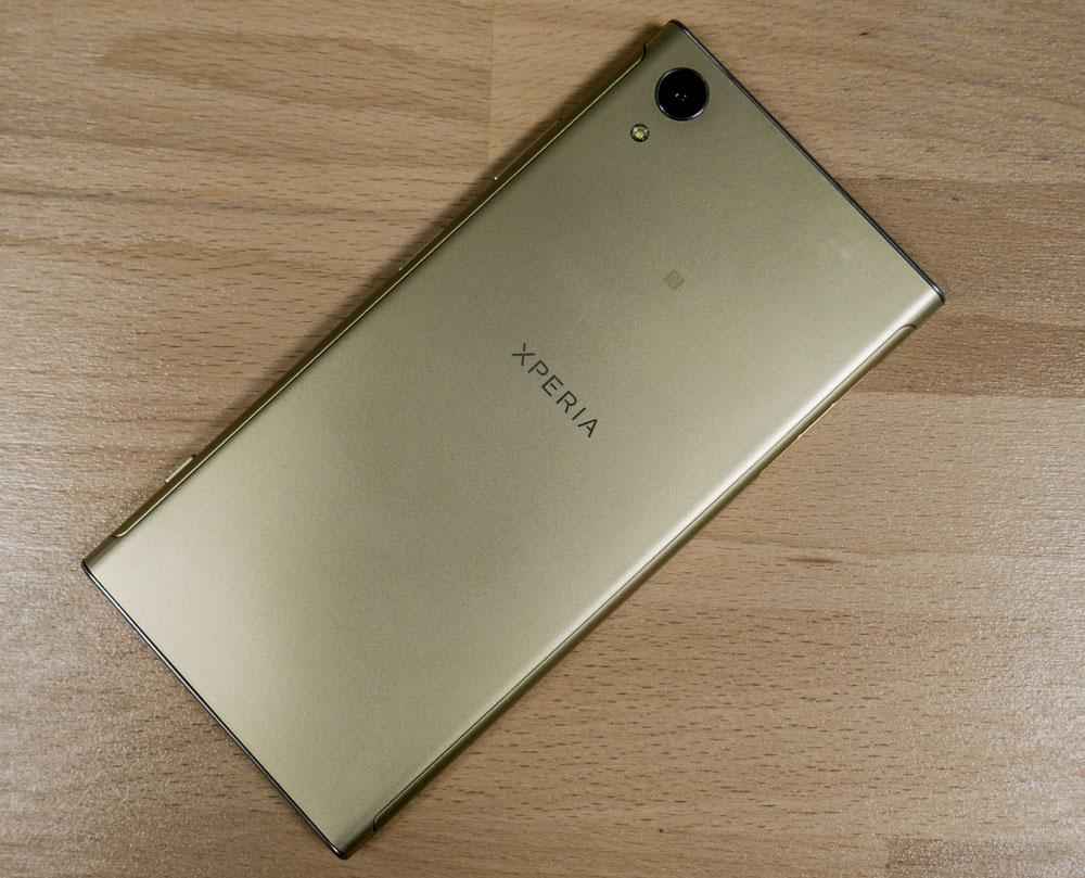 Обзор Sony Xperia XA1 Plus - средний класс с улучшенной камерой