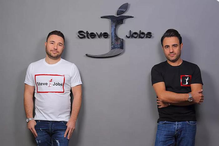 Apple сражалась за имя Стива Джобса и проиграла. Теперь это итальянская компания