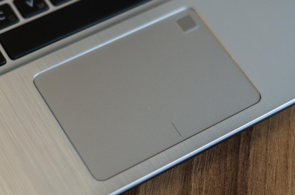 ASUS VivoBook 14(X405UQ)