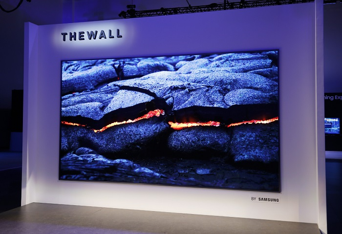 Samsung The Wall 146