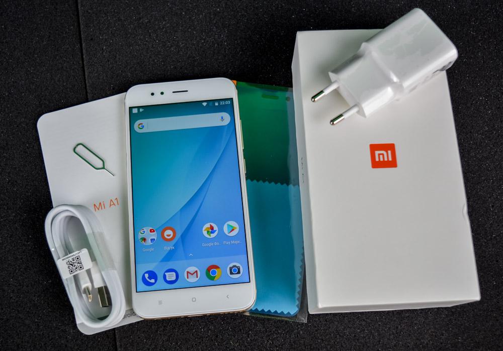 """Обзор Xiaomi Mi A1 – первый смартфон компании на """"чистом"""" Android"""