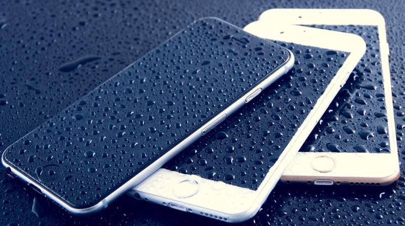 Последнее обновление ломает все iPhone с заменённым стеклом