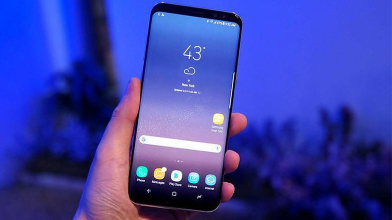 Владельцы Samsung Galaxy S9+ жалуются на экран