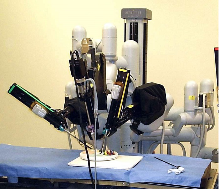 Surgical robot Monarch