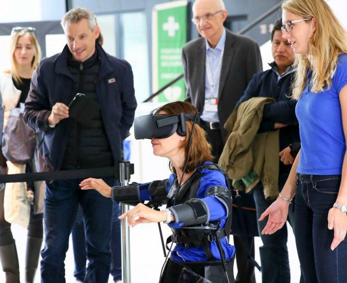 FlyJacket - незвичайний спосіб управління дроном у VR