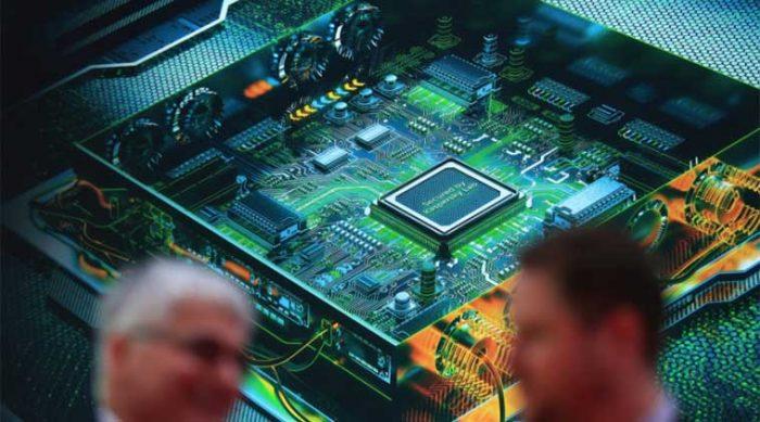Intel прекратит защищать старые процессоры от уязвимостейSpectre и Meltdown