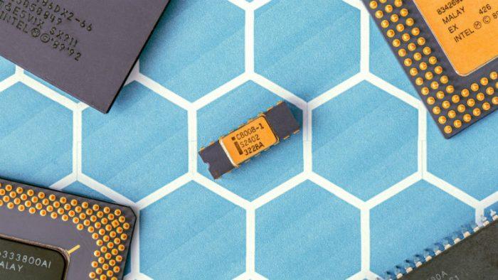 В процессорах Intel обнаружена новая уязвимость