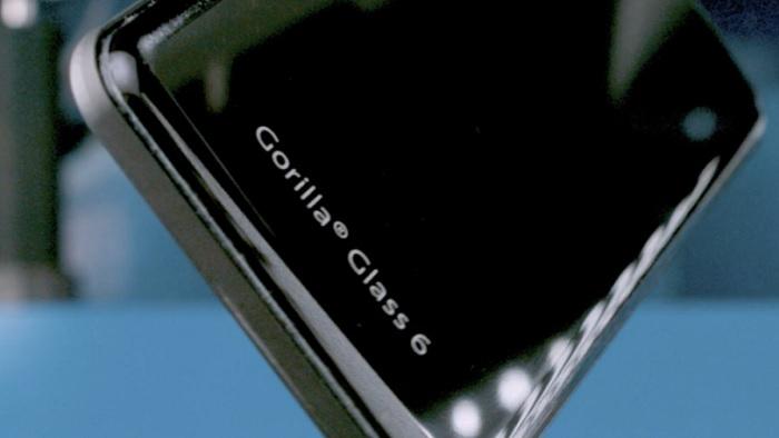 Новая версия Gorilla Glass станет в два раза крепче и красивее