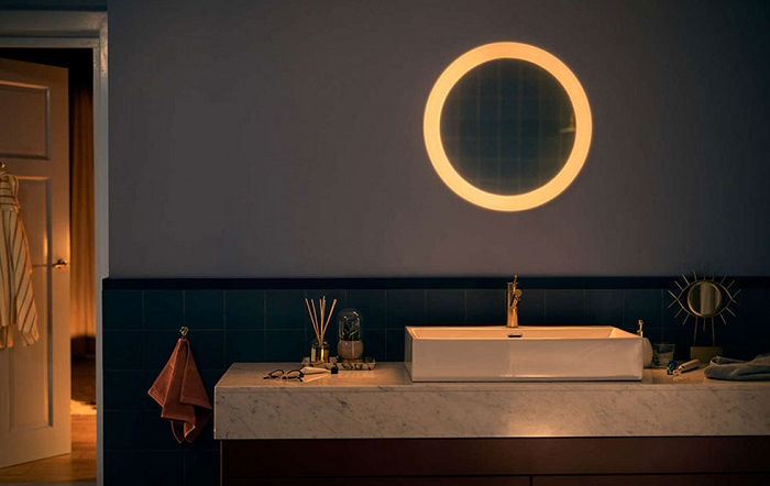 Philips представила новое «умное зеркало»