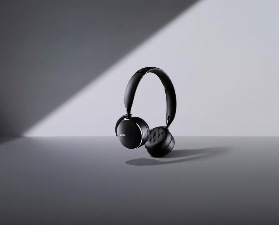 Samsung AKG Y500
